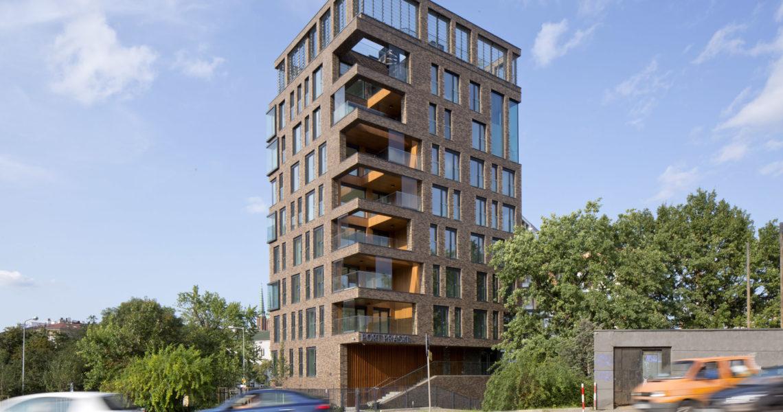 Latarnia – budynek mieszkalny z parterem usługowym